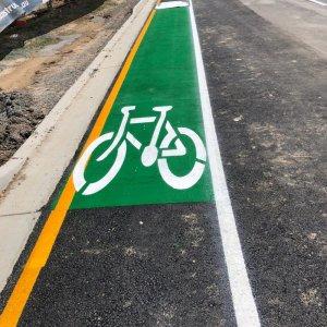 bike lane markings